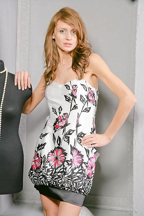 Платье за 2630 руб.