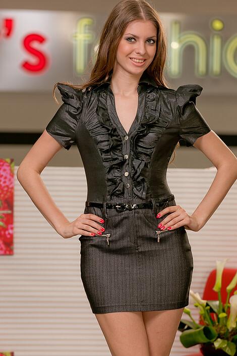 Платья за 2100 руб.