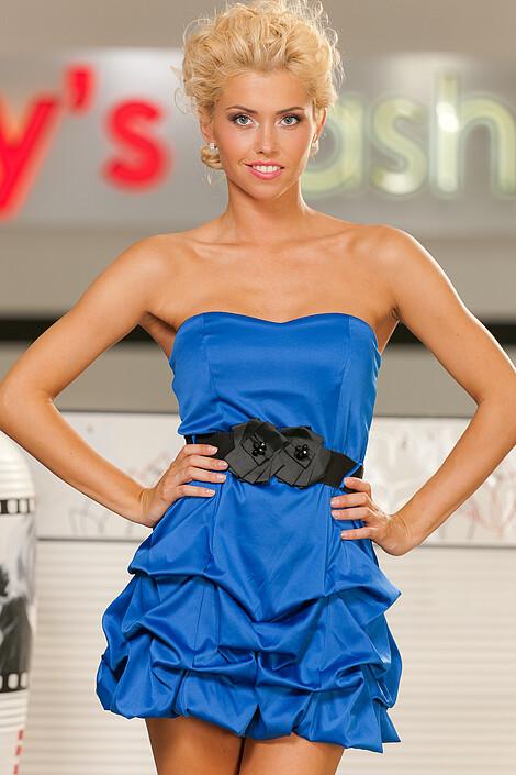 Платье за 3020 руб.