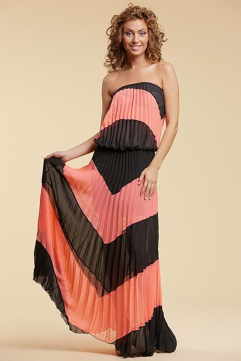Платье за 3830 руб.