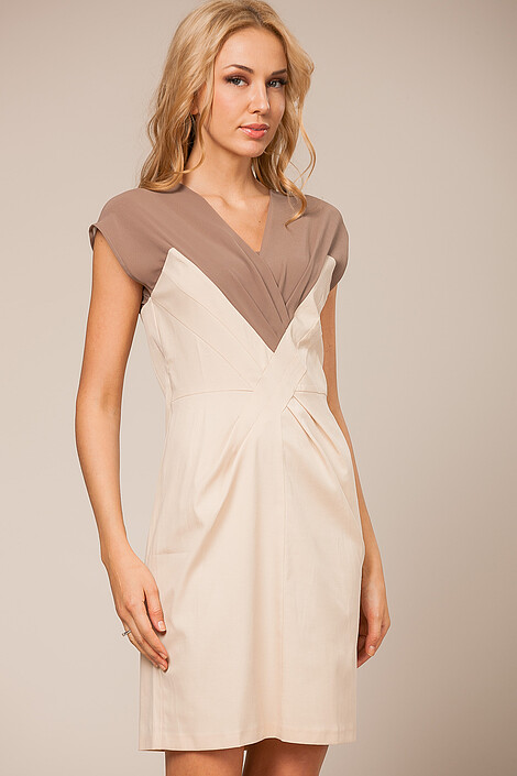 Платье за 2320 руб.