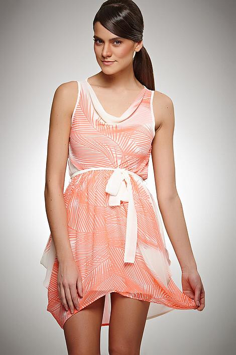 Платье за 2570 руб.