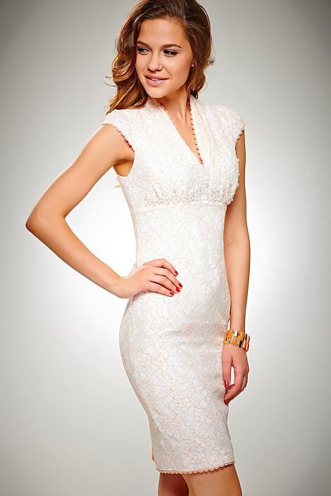 Платье за 9080 руб.