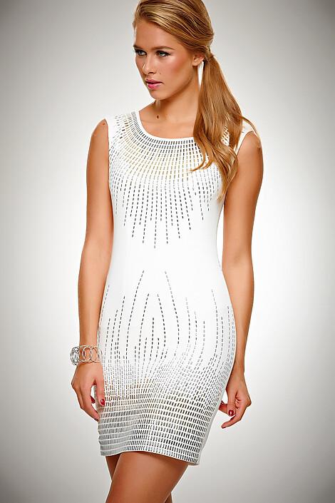 Платье за 8320 руб.