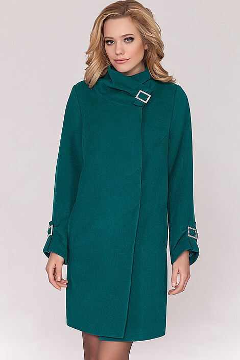 Пальто за 7200 руб.