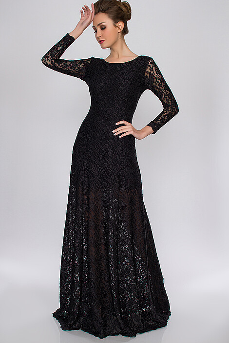 Платье за 7992 руб.