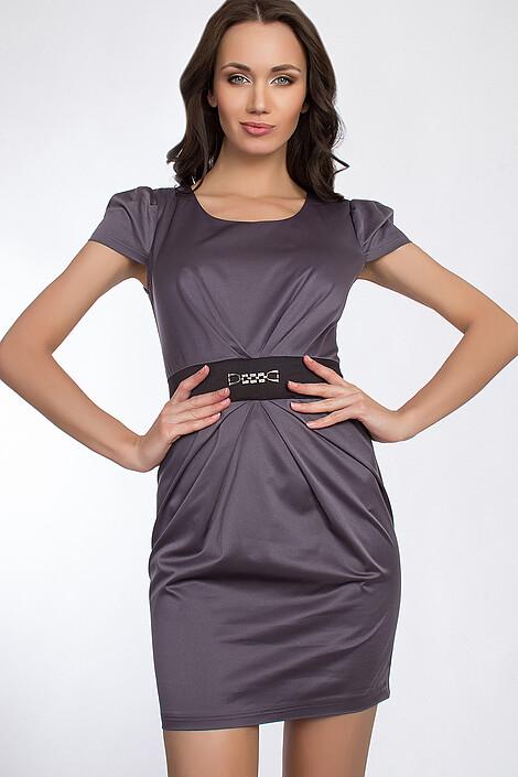 Платье за 975 руб.