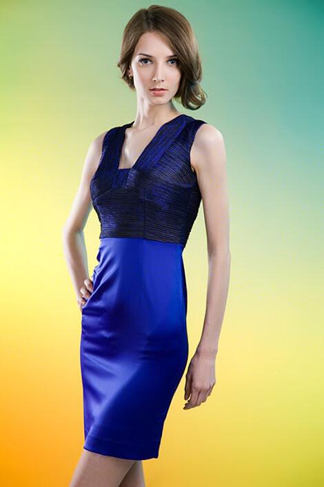 Платье за 6490 руб.