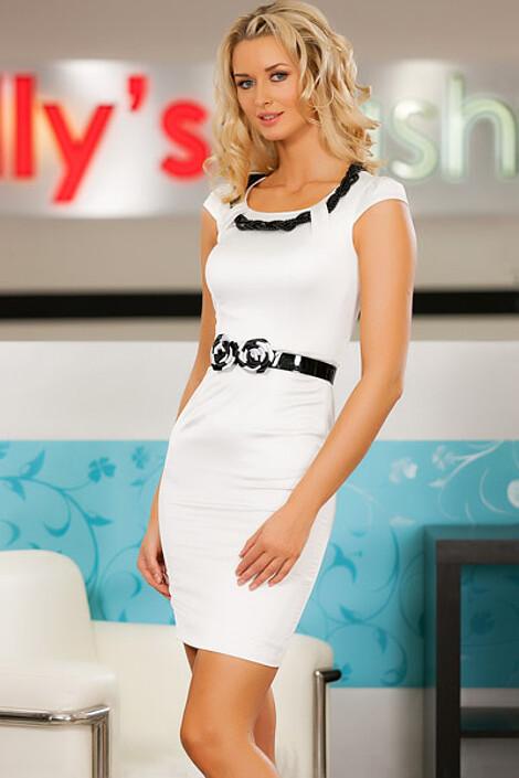 Платье за 6650 руб.
