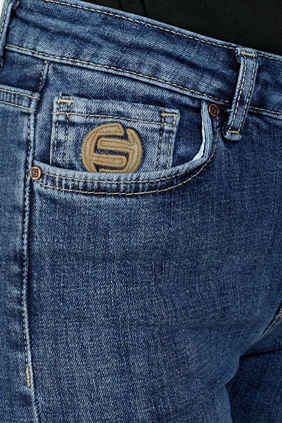 Джинсы для женщин F5 161308 купить оптом от производителя. Совместная покупка женской одежды в OptMoyo