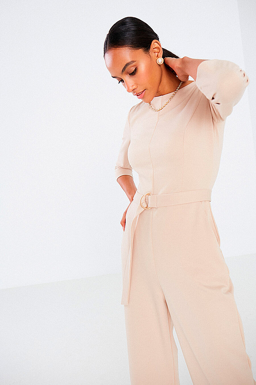 Комбинезон для женщин DELIA 700034 купить оптом от производителя. Совместная покупка женской одежды в OptMoyo