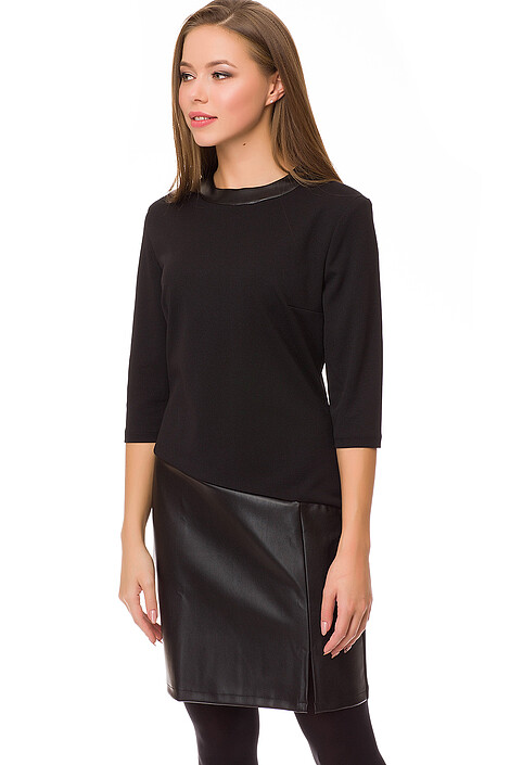 Платье за 1095 руб.